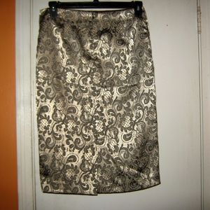 New York & Company Size 6 Gold Jacquard Skirt